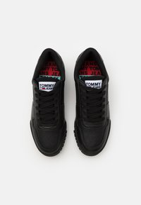 Tommy Jeans - RETRO - Baskets basses - black - 3
