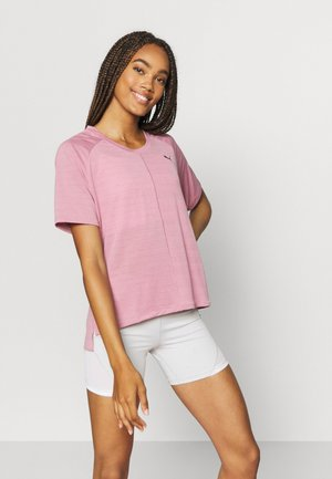 STUDIO RELAXED TEE - Sports shirt - foxglove heather