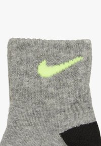 Nike Sportswear - ICON COVERALL BABY SET - Kruippakje - black - 4