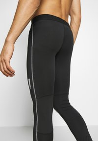 Jack & Jones Performance - JCOZRUNNING - Tights - black - 5