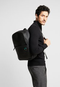 Pier One - LEATHER - Rucksack - black - 1
