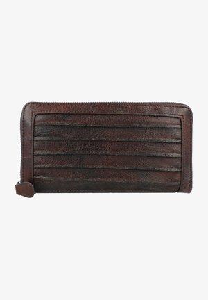 Wallet - fudge brown