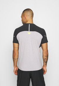 Dynafit - ALPINE PRO TEE - T-shirt print - black out - 2