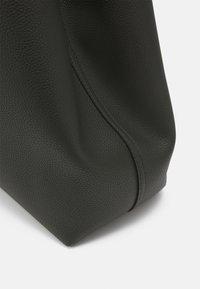 Emporio Armani - SET - Shopping Bag - dark green - 4
