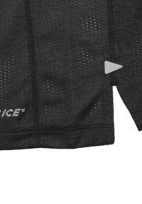 New Balance - NEW BALANCE PRINTED IMPACT LAUFSHIRT HERREN - T-shirt z nadrukiem - shiny black - 3