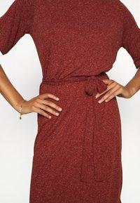 Selected Femme - SLFIVY BEACH DRESS - Žerzejové šaty - red - 7