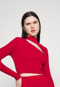 Milk it - MINI DRESS HIGH NECK CUTOUT CHEST - Shift dress - red - 4