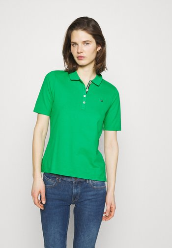ESSENTIAL - Polo - primary green