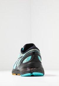 ASICS - GEL-NIMBUS 21 WINTERIZED - Zapatillas de running neutras - ice mint/black - 3
