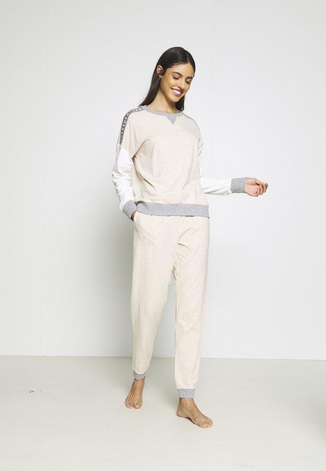 SET - Pyjama set - shell heather