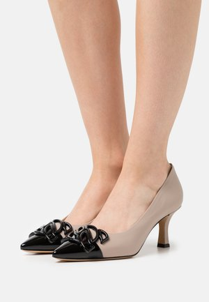 CHAIN  - Pumps - nero/chic