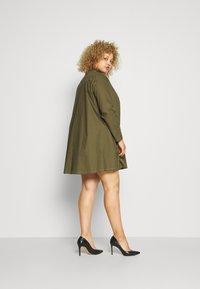 Missguided - CONTRAST STITCH DRESS - Shirt dress - khaki - 2