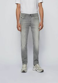 BOSS - Jeans Tapered Fit - light grey - 0