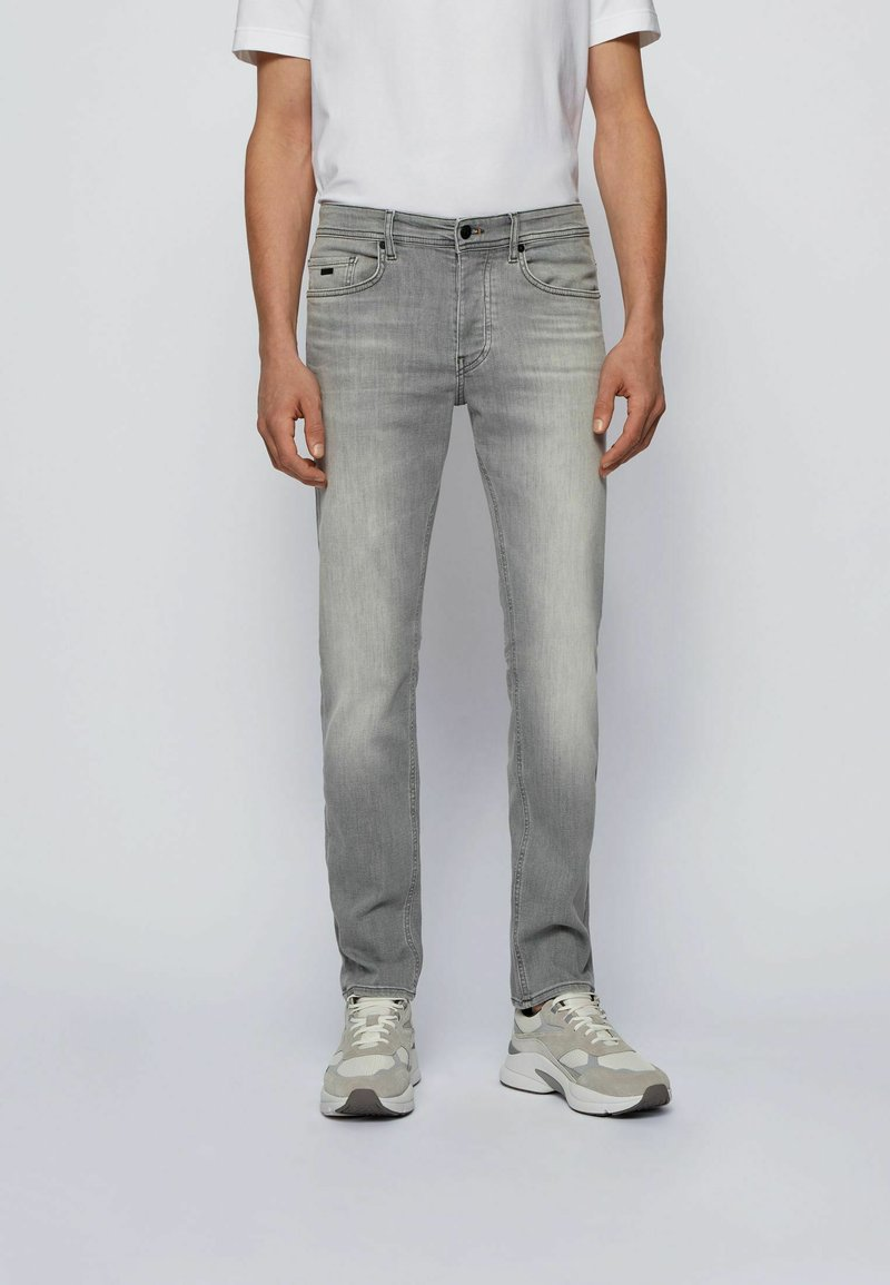 BOSS - Jeans Tapered Fit - light grey