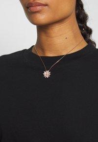 Swarovski - ETERNAL FLOWER - Necklace - fancy morganite - 1