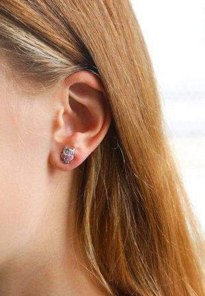 Earrings - zilverkleurig roze