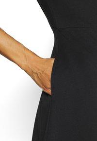 GAP - PONTE DRESS - Jumper dress - true black - 4