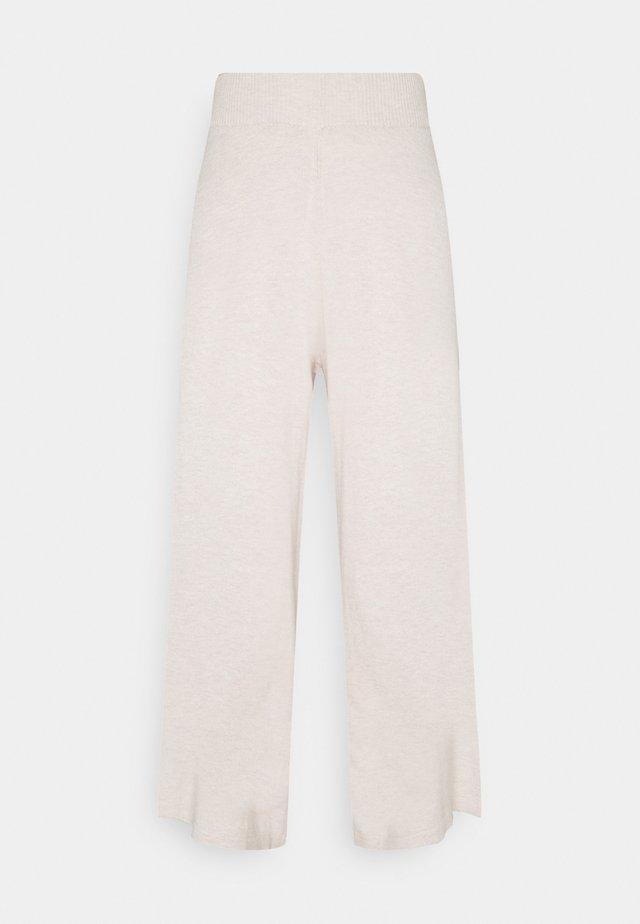 LNMALLORY PANTS - Tygbyxor - pastel parchment melange