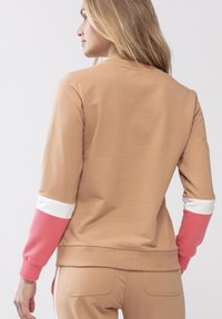 Mey - HOMEWEAR SWEATER SERIE NIGHT2DAY - Sweatshirt - macadamia - 1