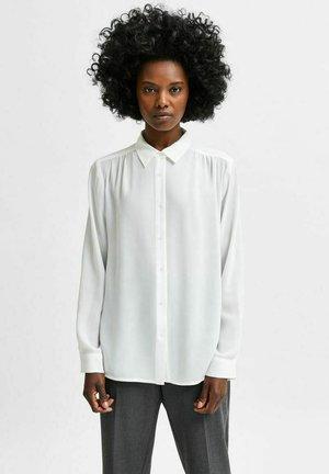 SLFSIGNA DYNELLA  NOOS - Button-down blouse - snow white