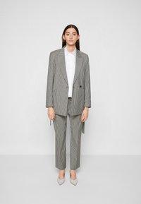 PS Paul Smith - JACKET - Short coat - black - 4