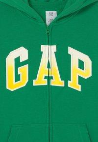 GAP - BOY LOGO  - Felpa aperta - parrot green - 2