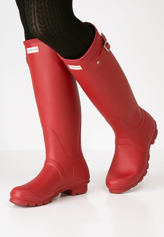 TALL VEGAN - Gummistiefel - military red