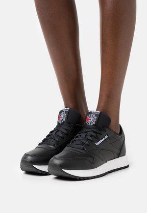 RIPPLE - Sneakers - core black/footwear white
