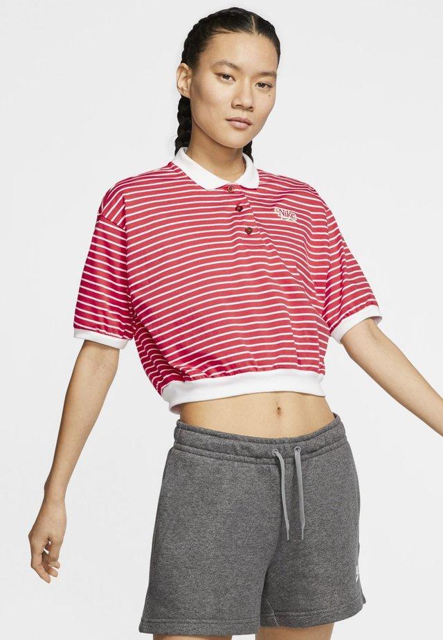 RETRO FEMME - Polo shirt - track red