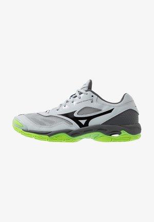 WAVE PHANTOM 2 - Handball shoes - high rise/black/green gecko