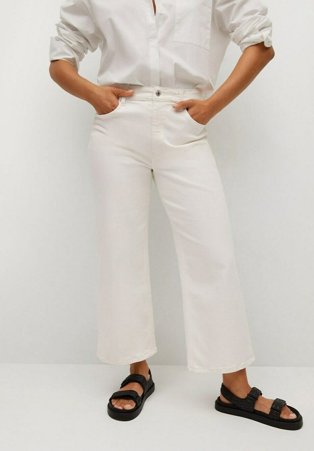 CHARLOTE - Jeans a sigaretta - weiß