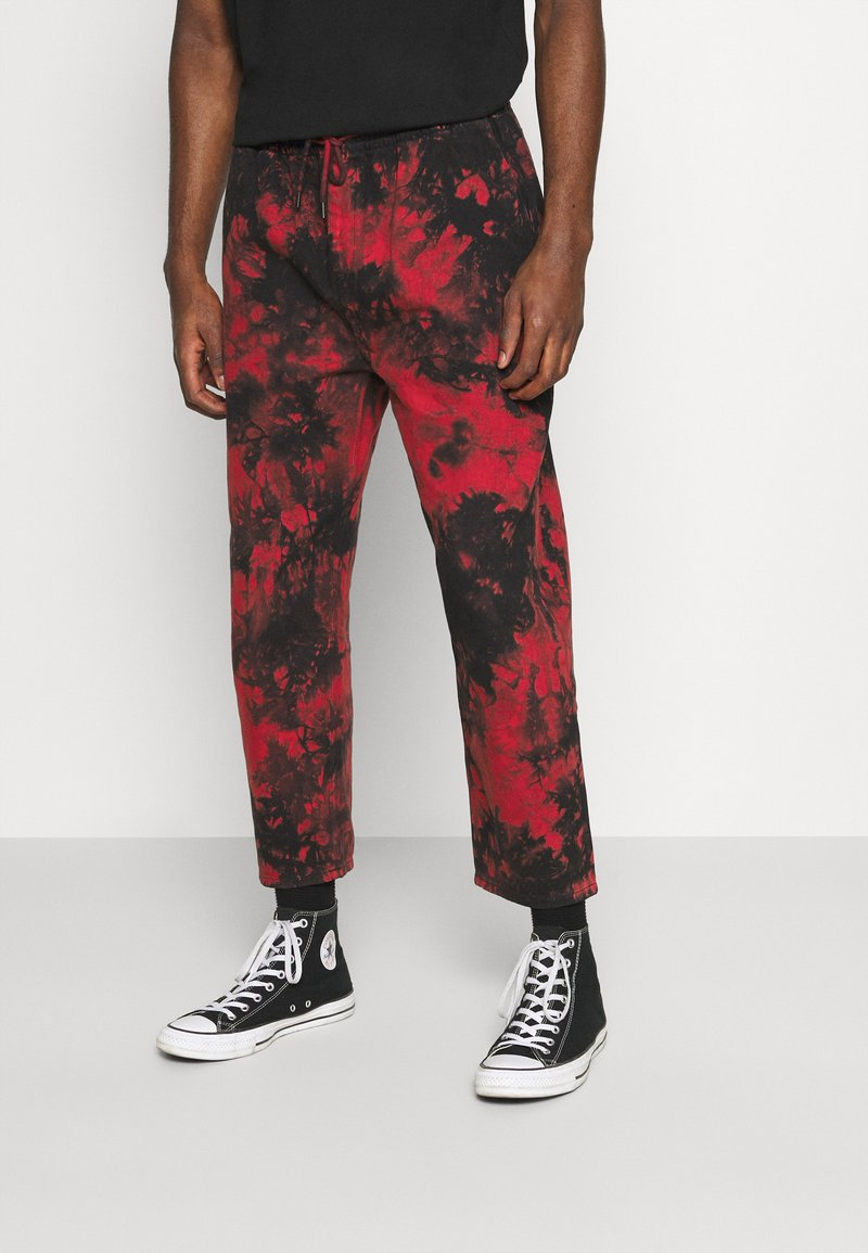 Volcom - STRANGE TIMES PANT - Kalhoty - deep red