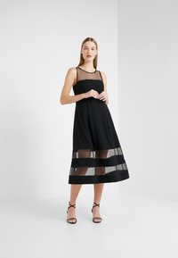 RIANI - Vestido de cóctel - black - 0