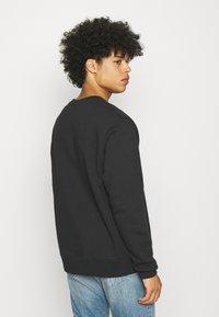 Nike Sportswear - COURT CREW - Sweatshirt - black - 2