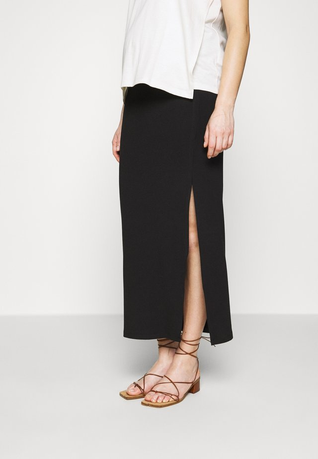 TYRA MID SKIRT WITH SPLITS - Maxiskjørt - black