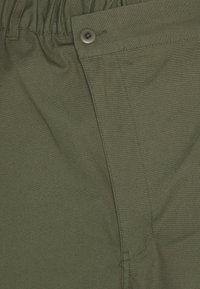 Converse - SHAPES TRIANGLE FRONT UNISEX - Trousers - field surplus - 7