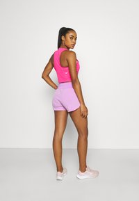 Nike Performance - RACE CROP - Top - hyper pink/silver - 2