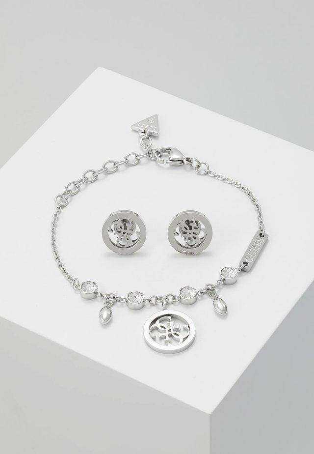 BOX SET - Pendientes - silver-coloured