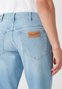 Wrangler - TEXAS - Straight leg jeans - clear blue - 3