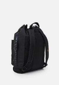 Levi's® - NAUTICAL BACKPACK UNISEX - Rucksack - regular black - 1