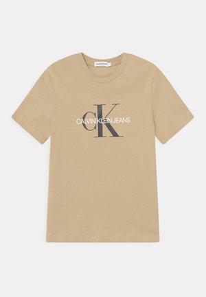 MONOGRAM LOGO UNISEX - T-shirt imprimé - summer stone