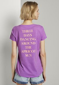 TOM TAILOR DENIM - Print T-shirt - light berry - 1
