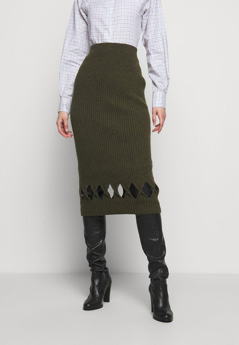 Victoria Beckham - PENCIL SKIRT - Jupe crayon - khaki