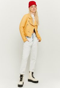 TALLY WEiJL - Faux leather jacket - yellow - 1