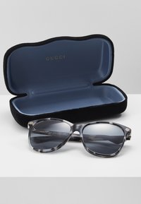 Gucci - Sunglasses - havana/grey - 0
