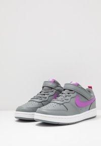 Nike Sportswear - COURT BOROUGH 2 - Sneakers basse - smoke grey/purple/watermelon/white - 3