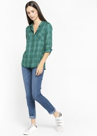 LolaLiza - CHECK - Button-down blouse - green - 3