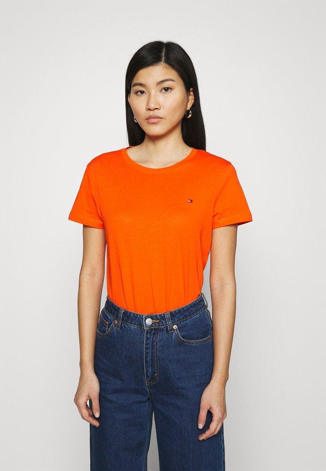 NEW CREW NECK TEE - Basic T-shirt - princeton orange
