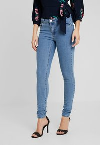 ONLY - ONLCARMEN  - Jeans Skinny Fit - medium blue denim - 0