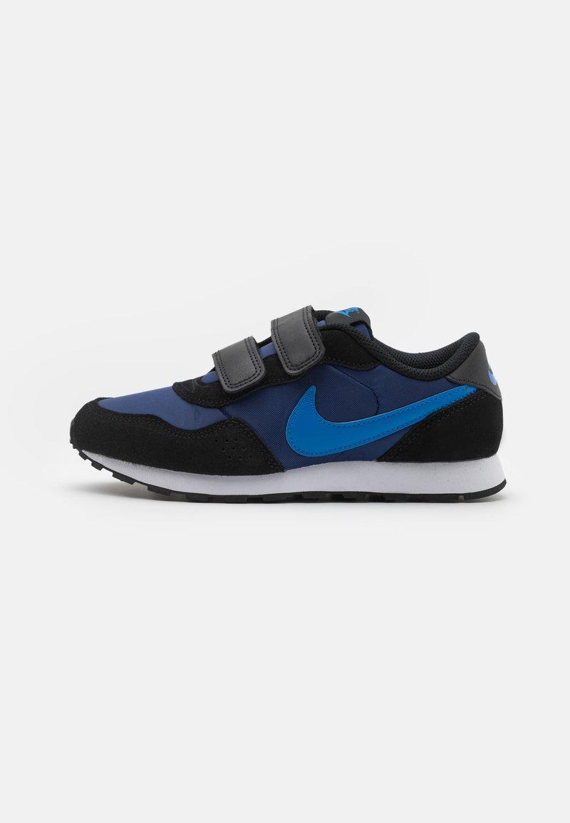 Nike Sportswear - VALIANT UNISEX - Tenisky - blue void/signal blue/black/white